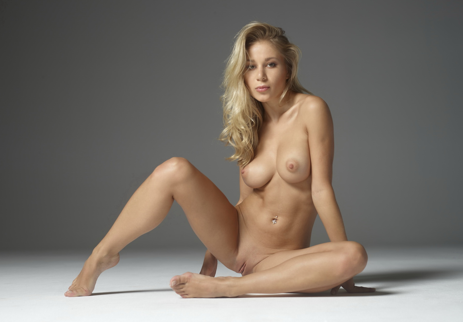 skinny dark skin girl naked