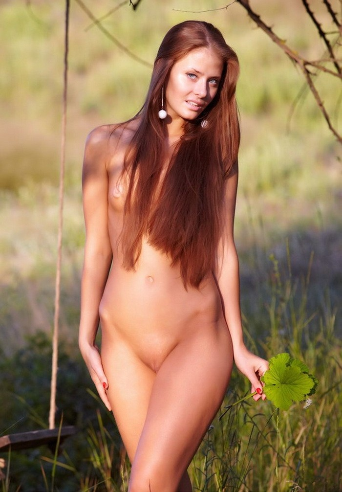 jasmine redhead
