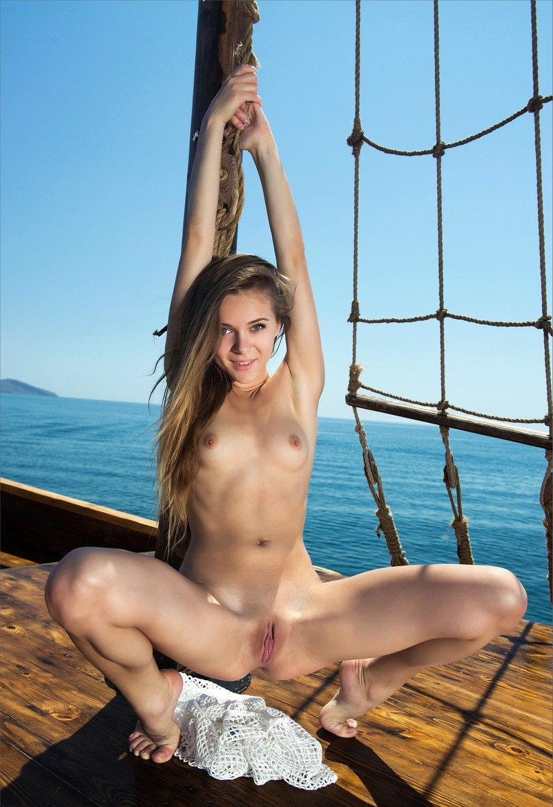 naked sexy tribe girl