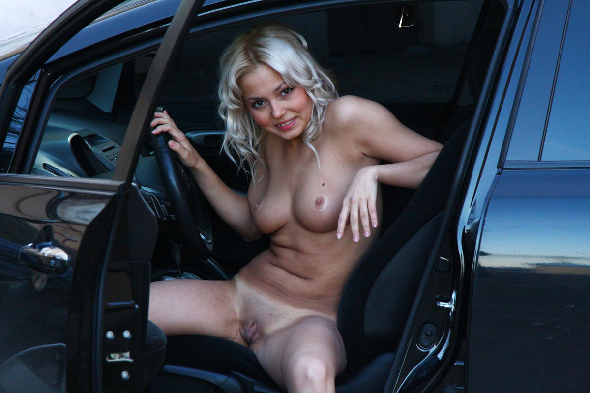 naked blondes on cars