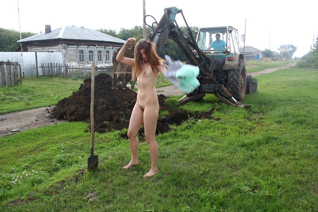 nude teen workers girls