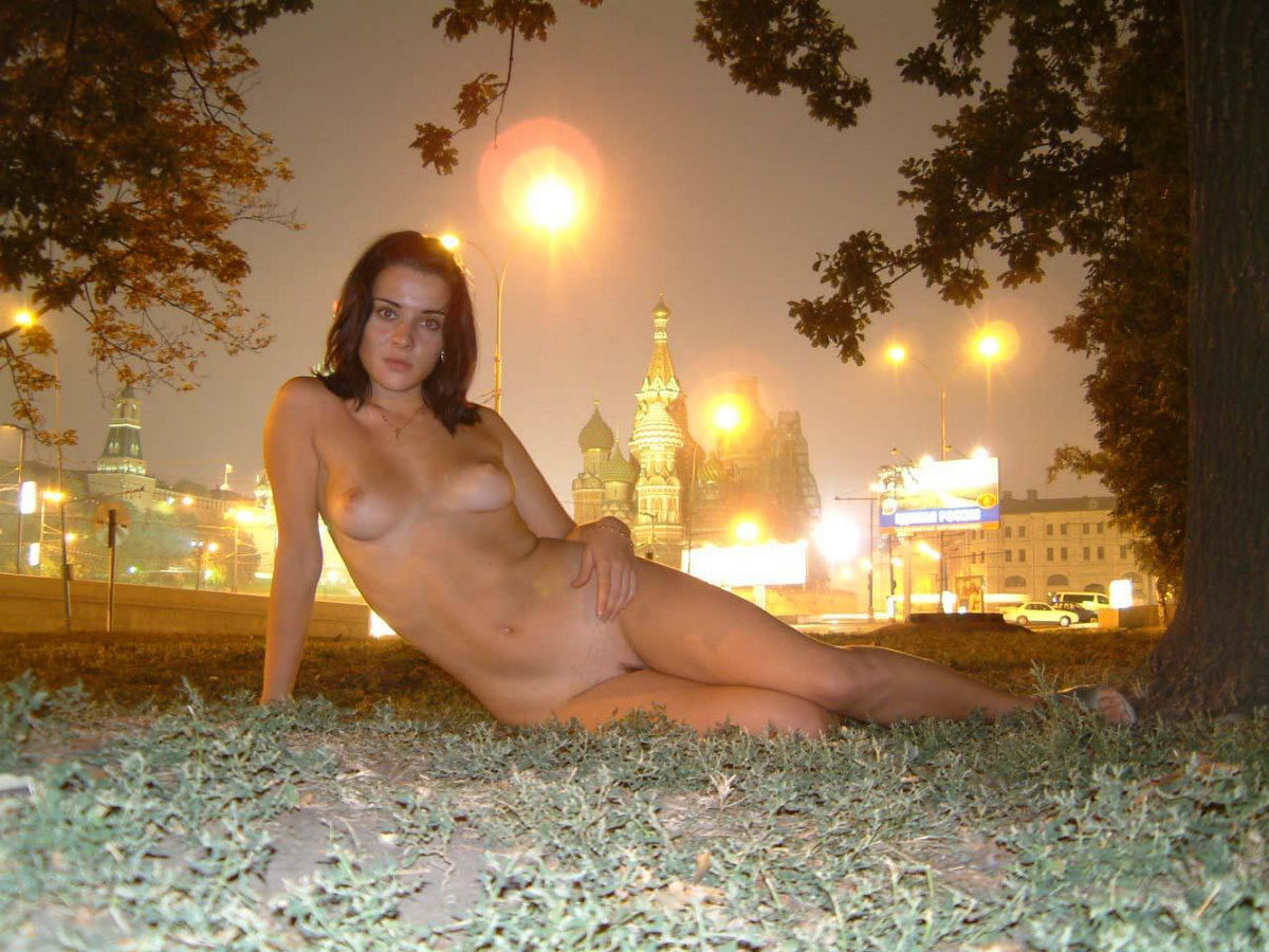 woman naked on first night