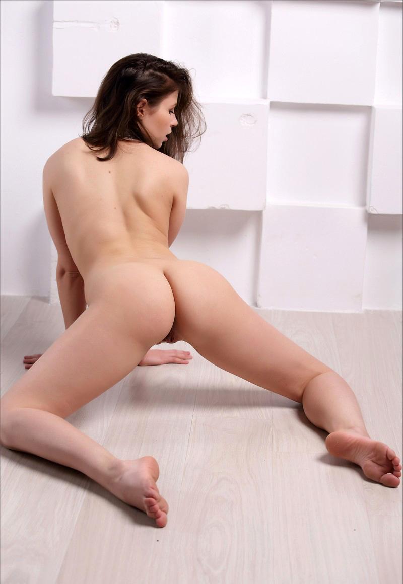 Naked Jenna