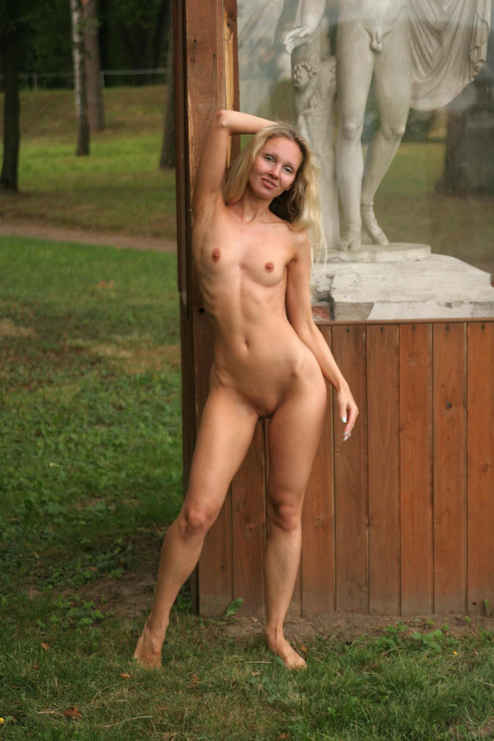 from Simon very tall hot naked blonde