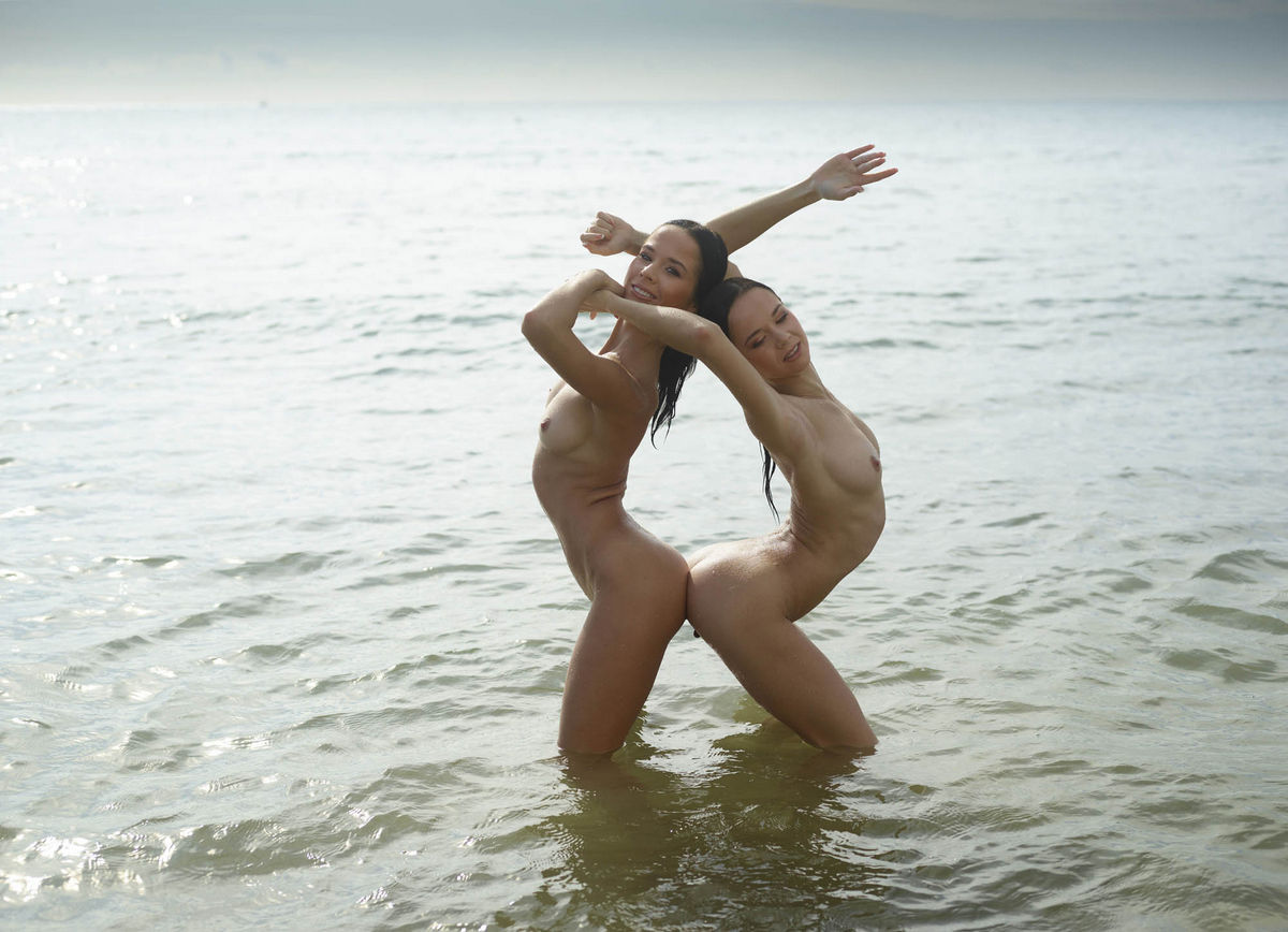 sexy hot girls on beach