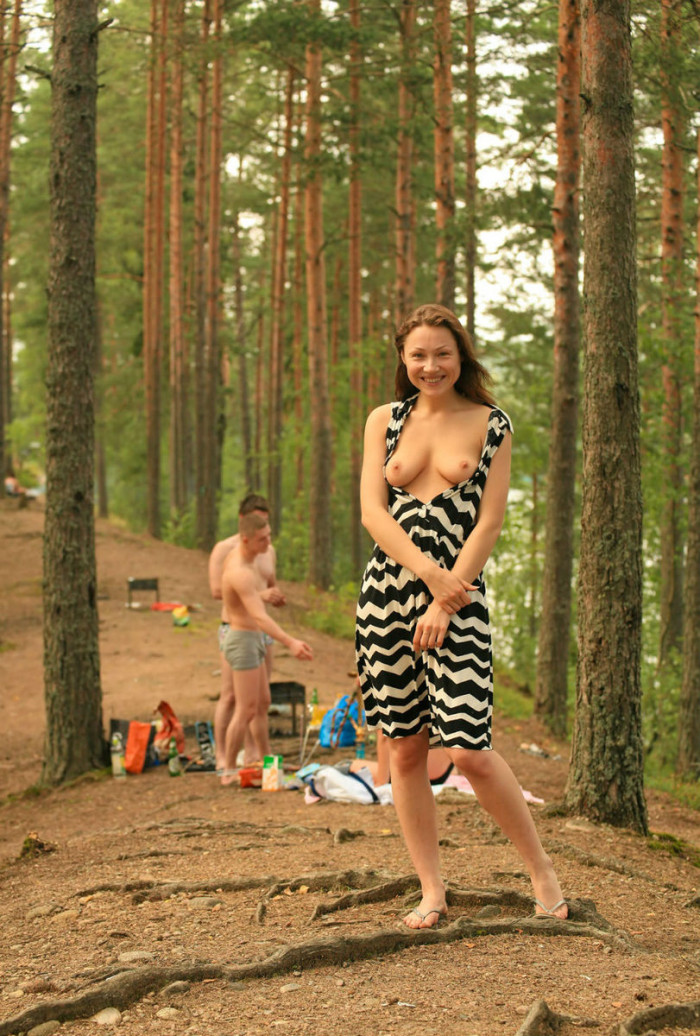 Crazy Naked Girl With Strangers At Picnic  Russian Sexy Girls-4028