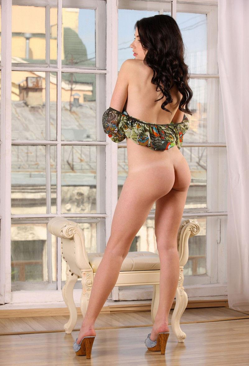 sexy nude russian classgirl