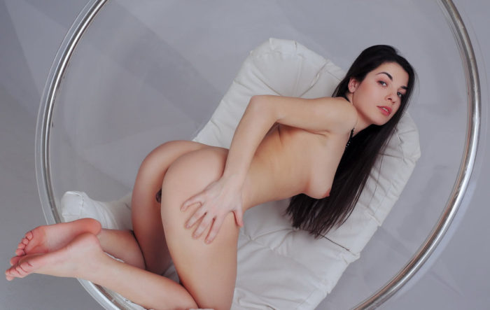 Brunette Sania K has beautiful big pussy i wanted to lick