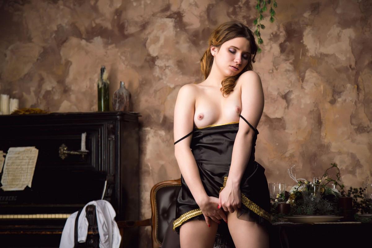 valerie mahaffey naked fakes