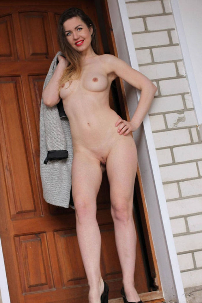 Exhibitionism Naked Chick Standing In Doorway