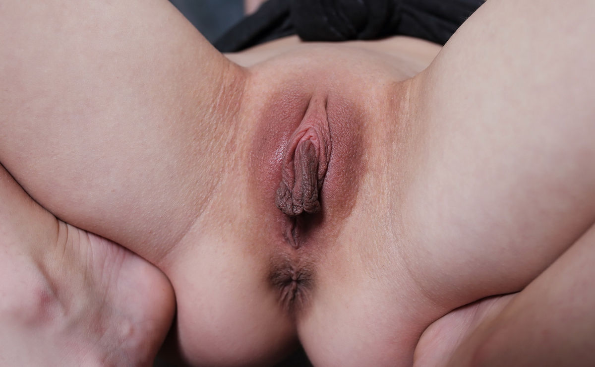 The biggest pussy hole ever