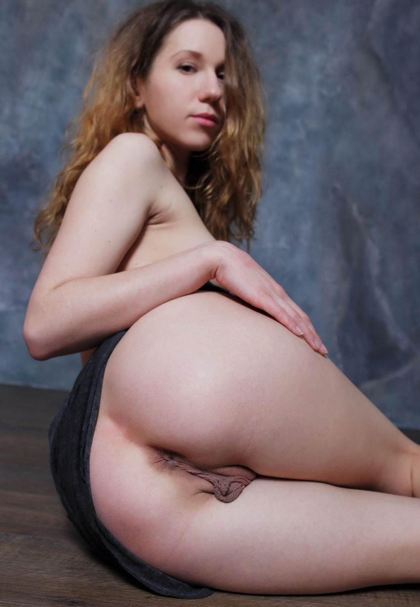 Teens with huge pussy lips labia