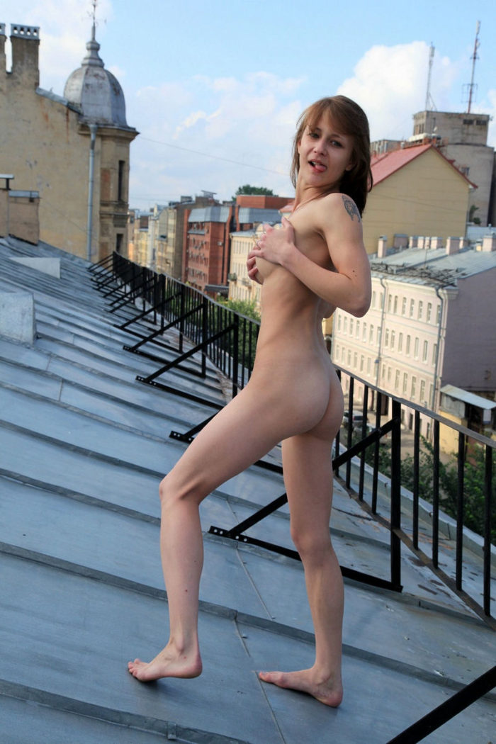 Skinny Russian Teen With Good Soft Boobs On The Roof -5836