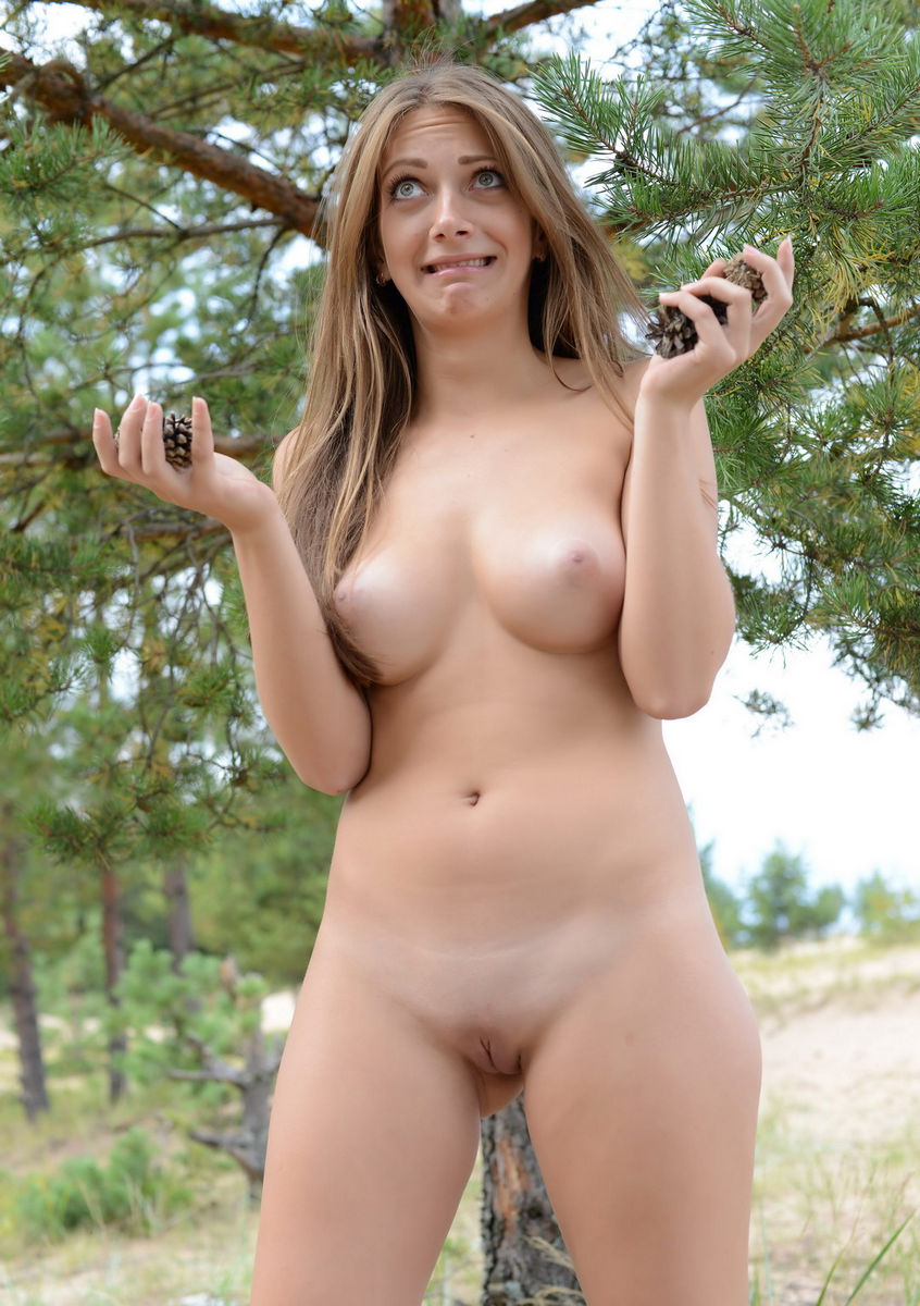 real naked girls in the woods