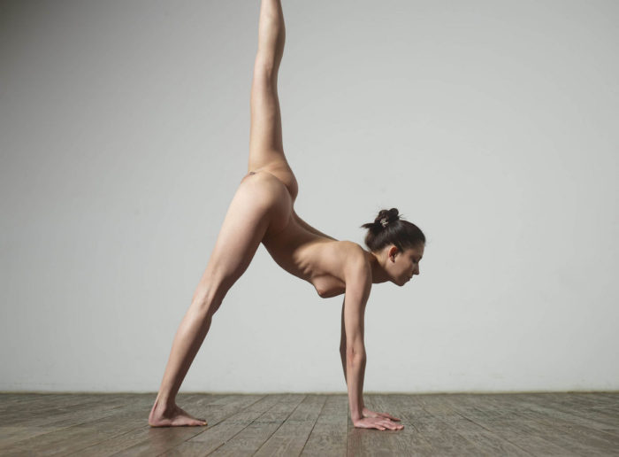 Super flexible russian girl in studio