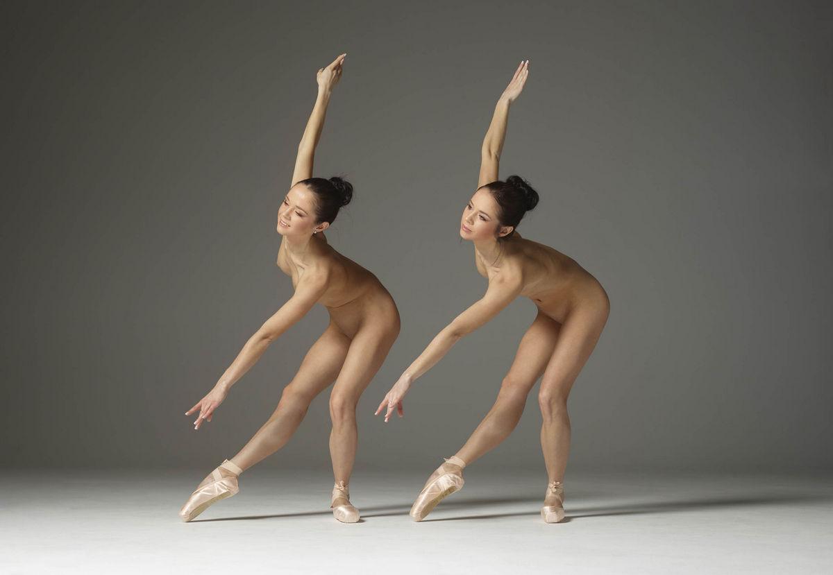 Танец Обнаженной Гимнастки