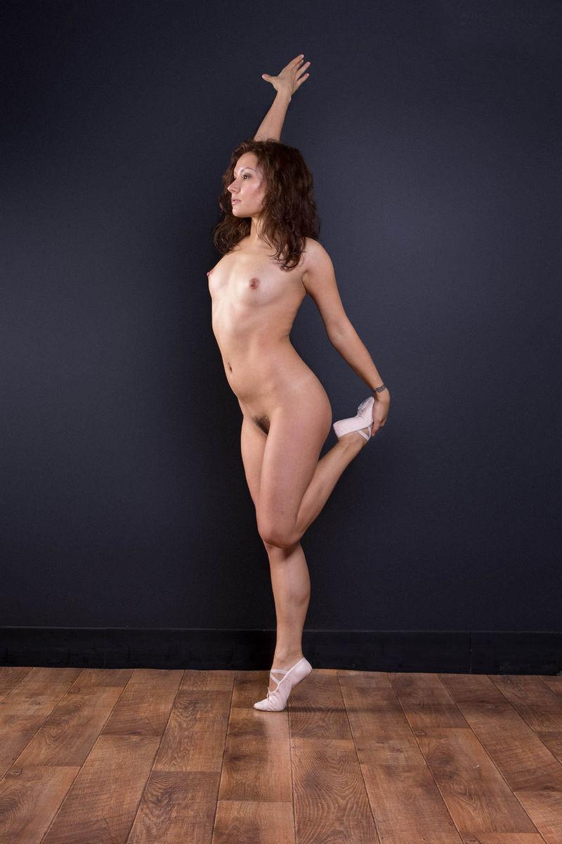 Japan balet nude, rubber pants sex gerls