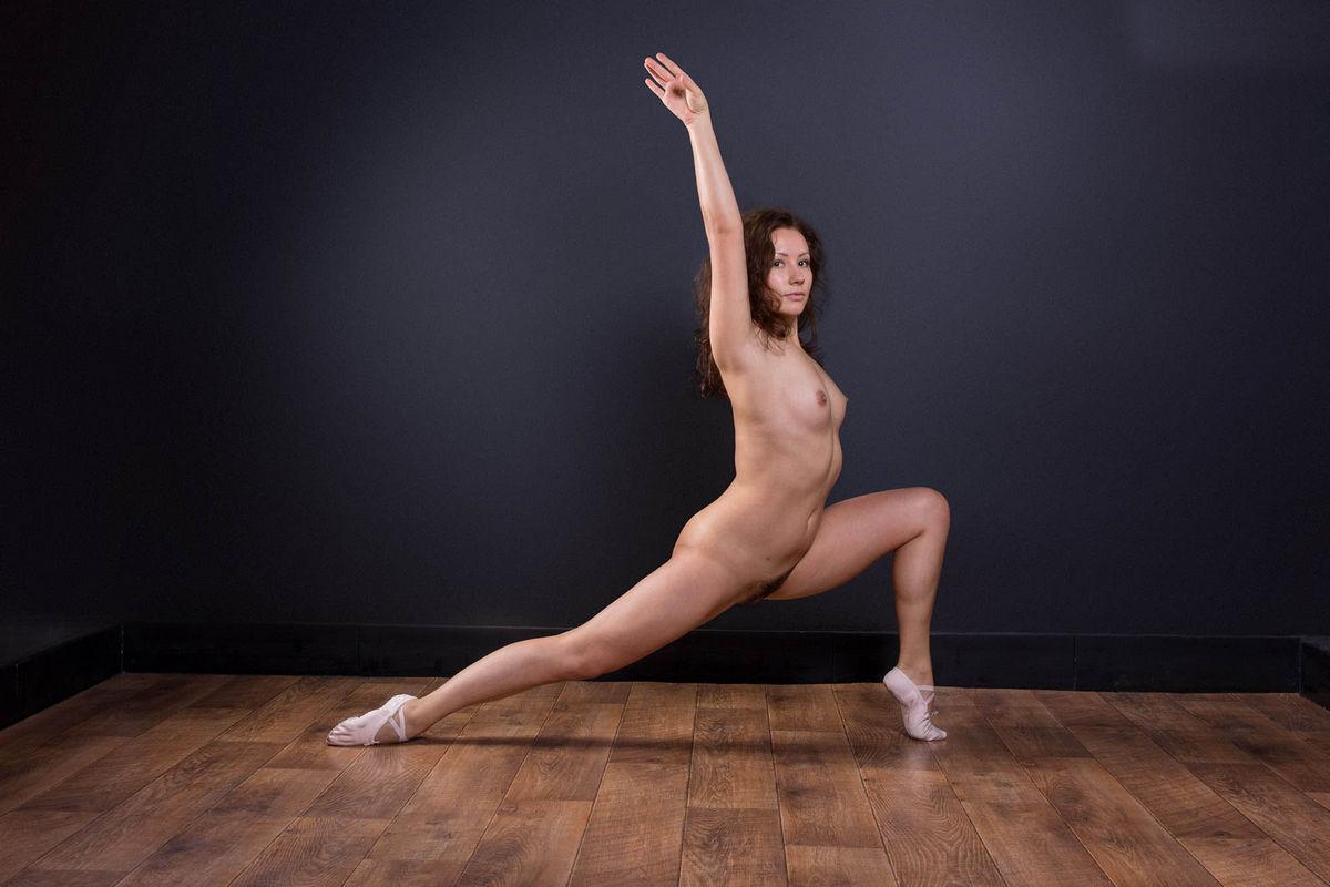 Naked Male Ballet Dancer Erection