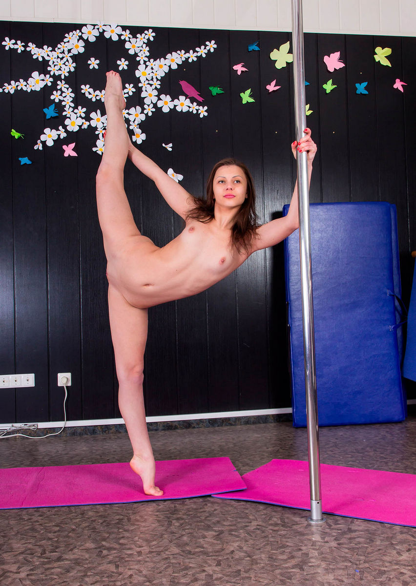 Naked Sports Training By Russian Gymnast Girls  Russian -7005