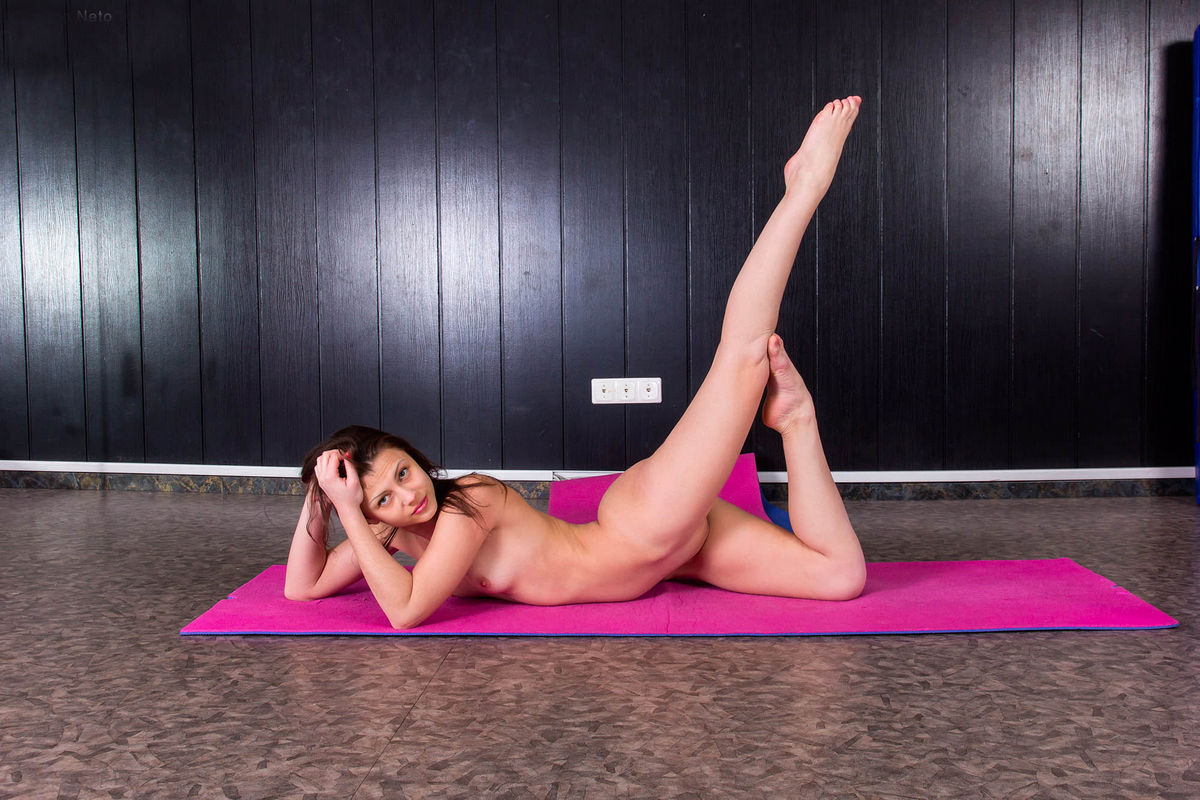 Naked Sports Training By Russian Gymnast Girls  Russian -9247