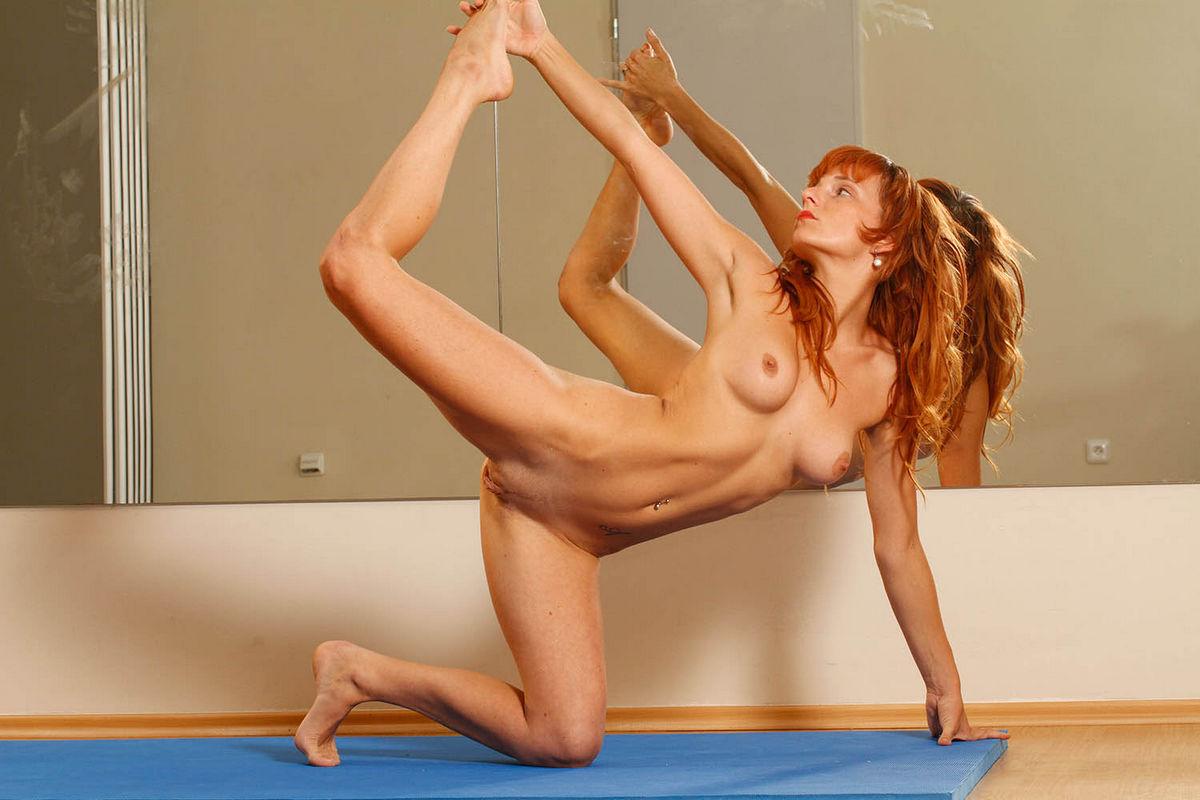 спортсменки порно гимнастки соло хулигана