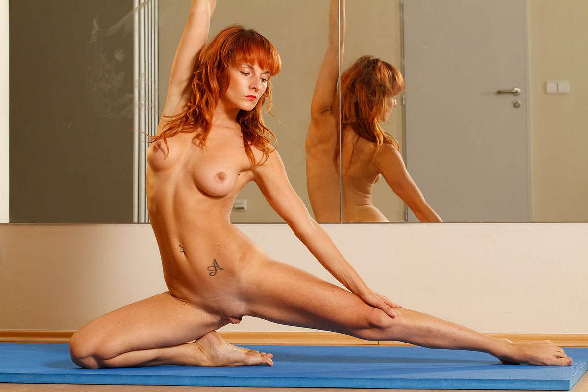 gymnastics girls showing pussy lips