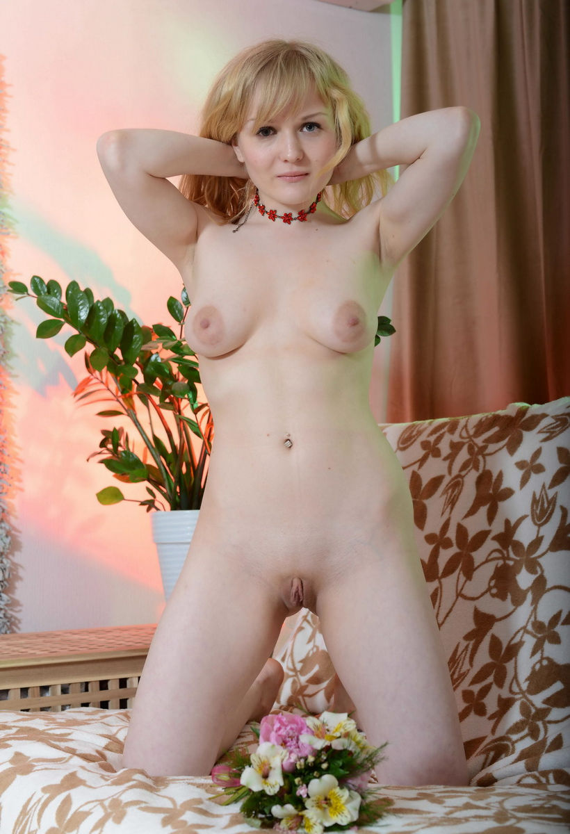 Russian Amateur Blonde With Saggy Tits  Russian Sexy Girls-7802
