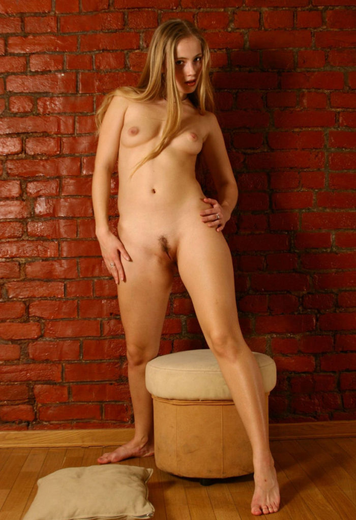 Russian blonde with natural body and big ass