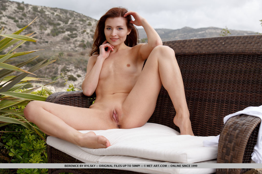 Top model Berenice flaunts her nubile body and delectable pussy.