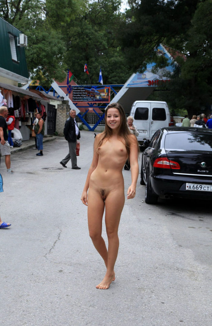 pics of naked plus size woman