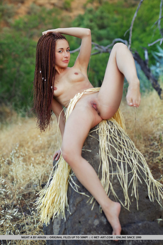 Two Busty Girls With Dreadlocks Plays Naked Outdoors Russian Beeg Com 1