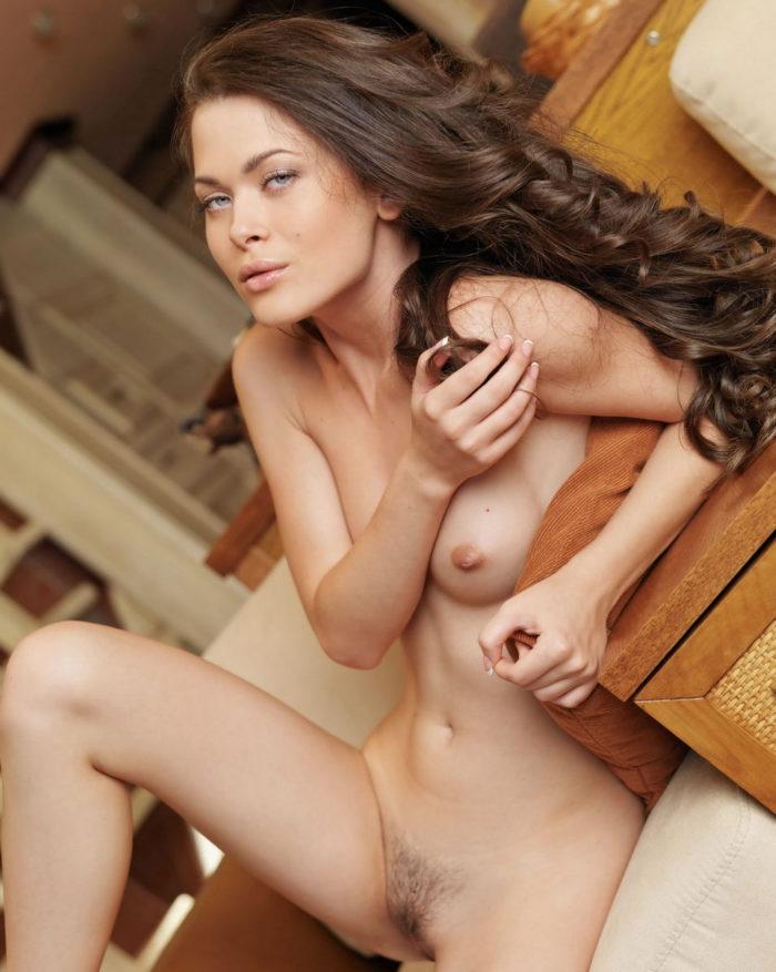 Beautiful curly Amelie B takes off panties