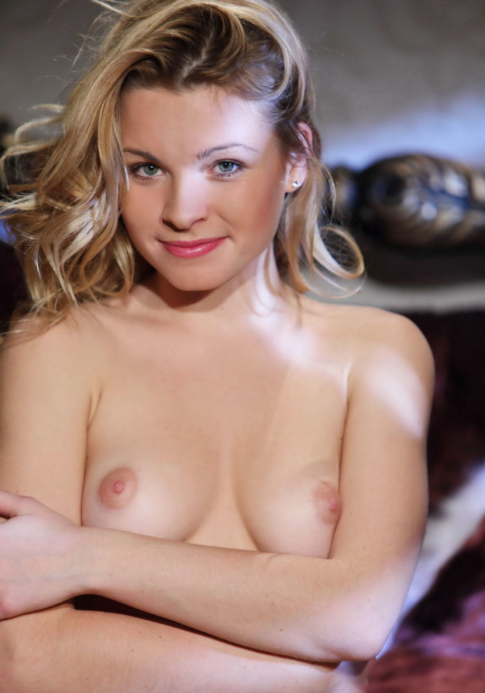 Cute blonde Malinda A has really hot body