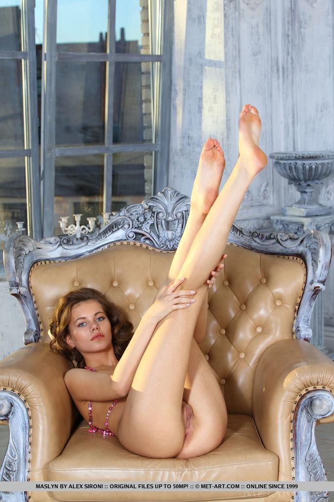 women sexy feet movie
