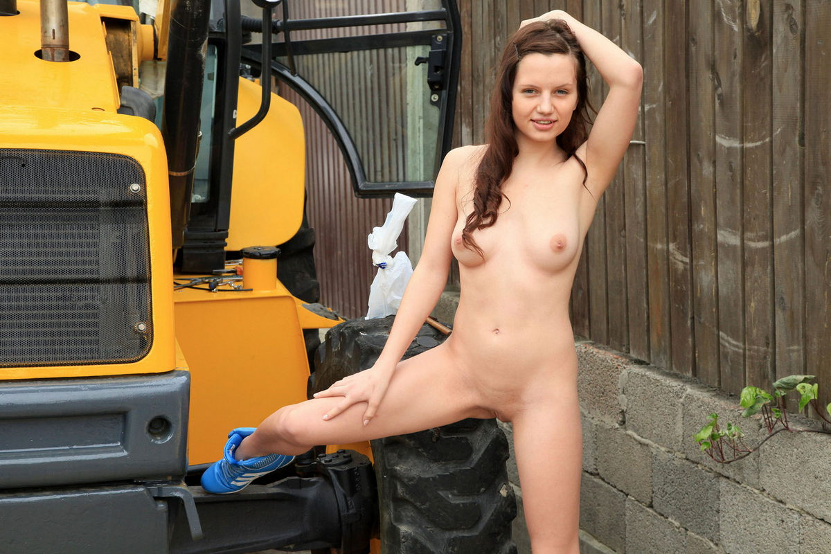 from Craig sexiest russian girl nude at work