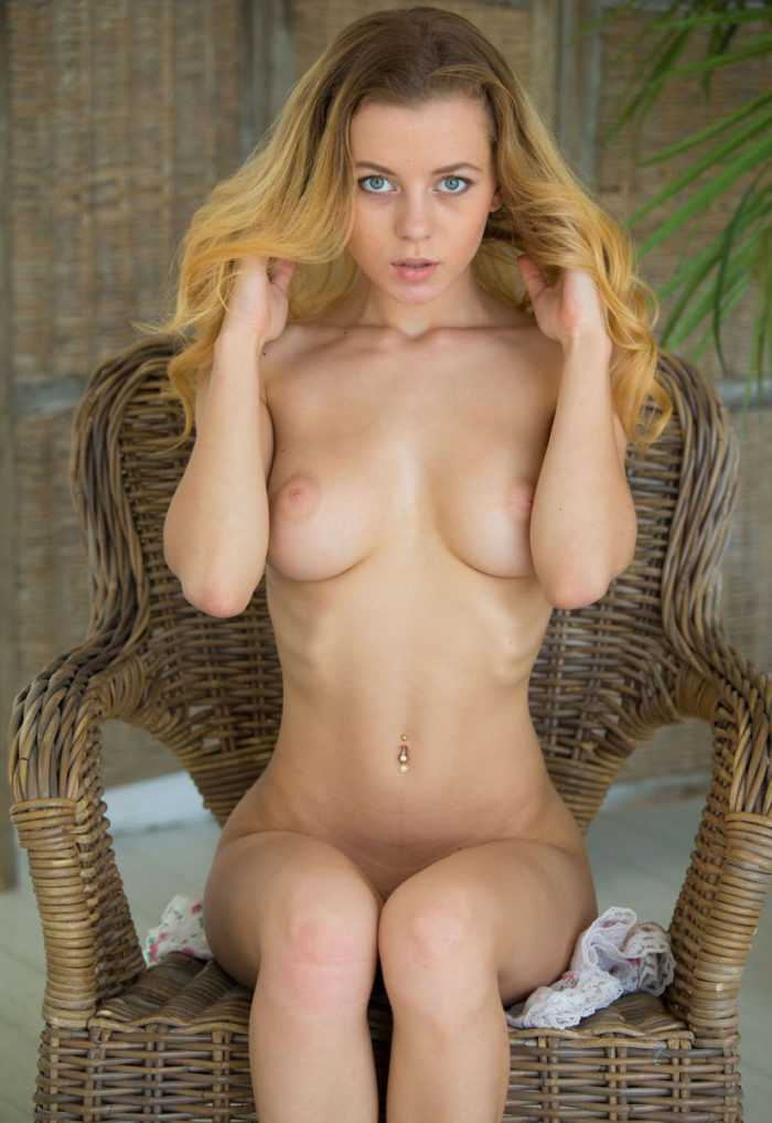 Russian hot blonde Agnes exposes her perfect boobs