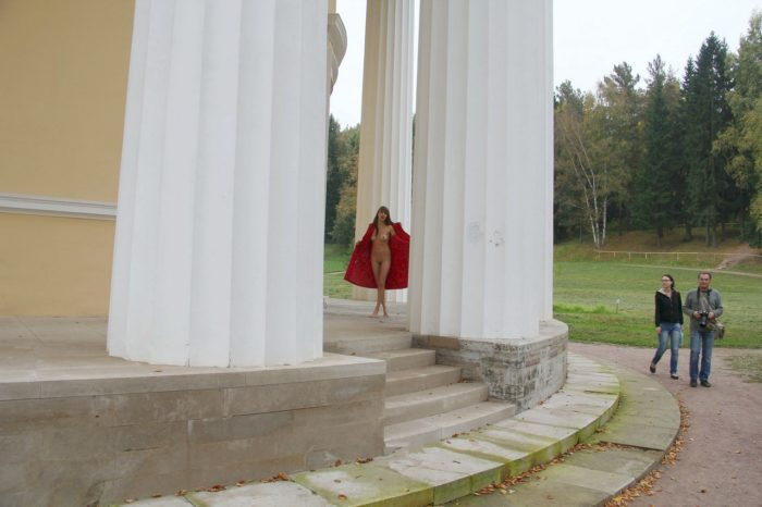 Skinny teen Elizaveta T walks naked at public park