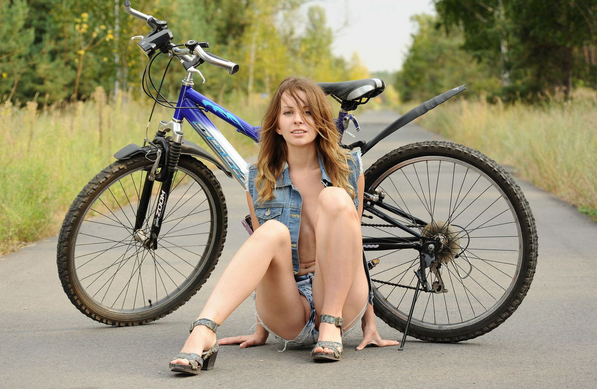 sexy girls on bycycles porn