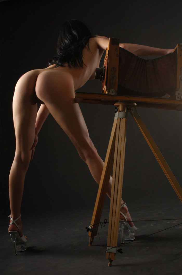 Russian brunette with hot round ass at studio