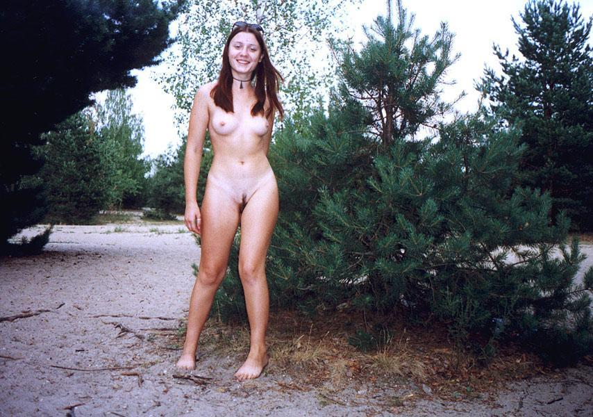 Young Girl Touches Her Hairy Pussy At Nudist Beach -7402
