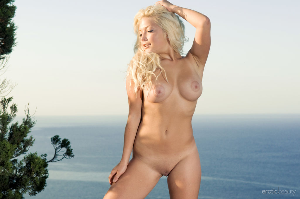 Melissa A bares her smoking hot body with large, luscious in the outdoors.