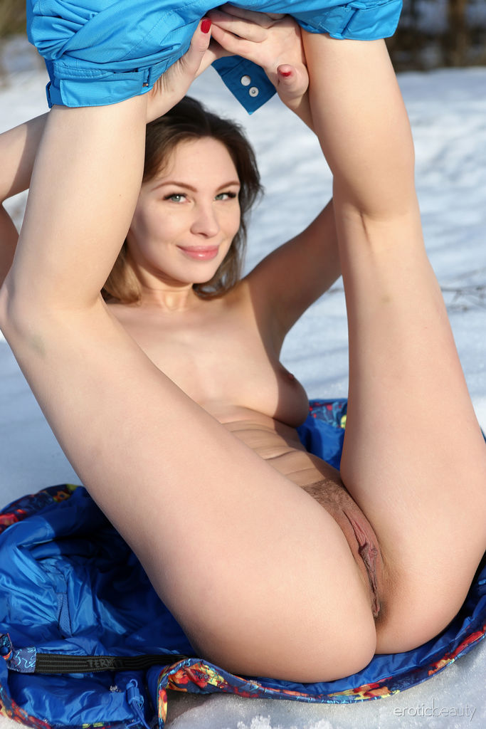 Galina A displays her gorgeous body and sweet pussy outside the snowy field.