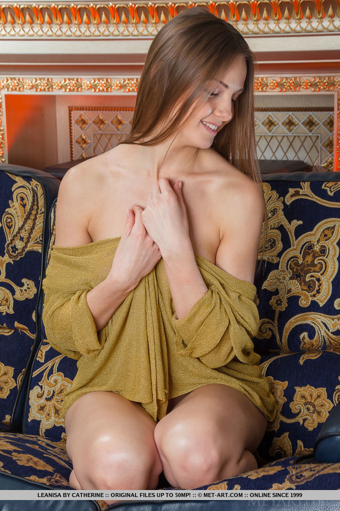 Leanisa strips and bares her slender, toned body with smooth skin, puffy nipples, tight pussy and shapely legs.