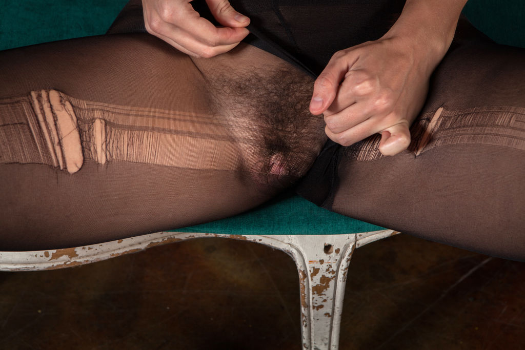haired-pantyhose-pussy-dark-boys-young-naked-twinks