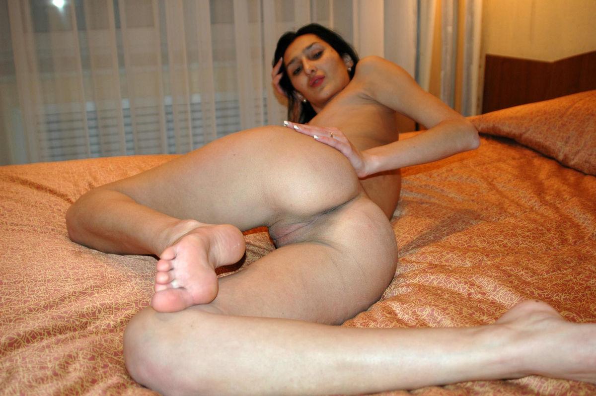 Female narm pit fetish