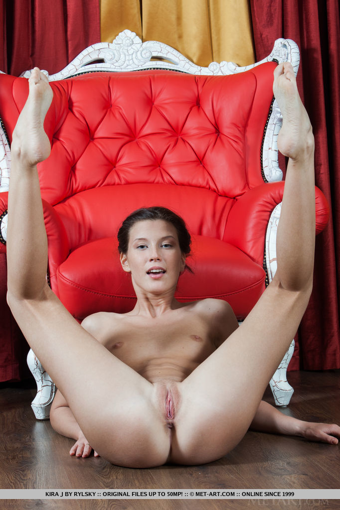 Kira J showcases her long and slender body with small but beautiful breasts, tight ass, puffy pussy, and amazing svelte legs.