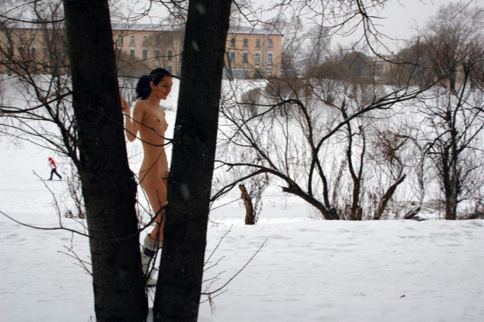 Naked brunette Toma walks naked at winter park