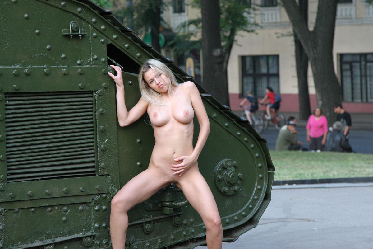 nude house keepers porn