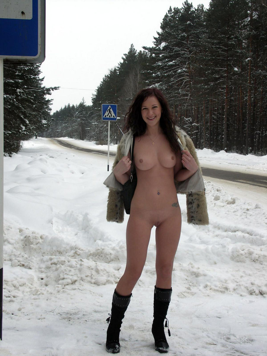 Red-Haired Girl At The Winter Bus Stop  Russian Sexy Girls-6785