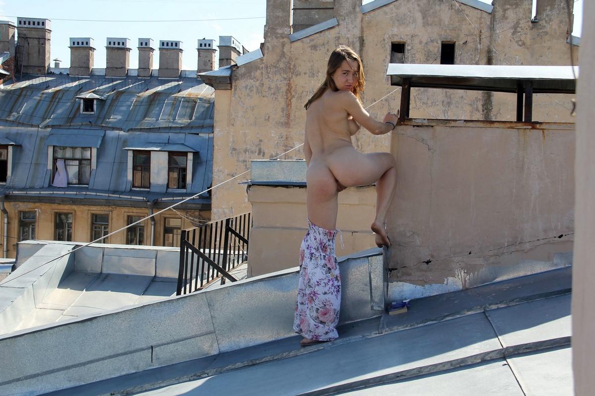 Фильм секс на крыше, худая латина американка секс